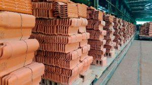 Fábrica de telhas de barro
